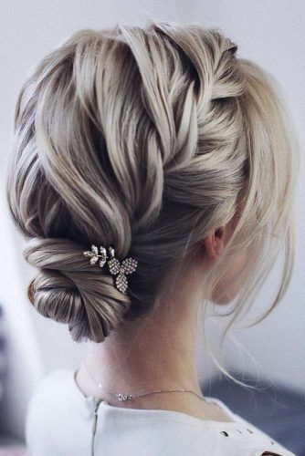 30 Mesmerizing Wedding Hairstyles for Short Hair 5