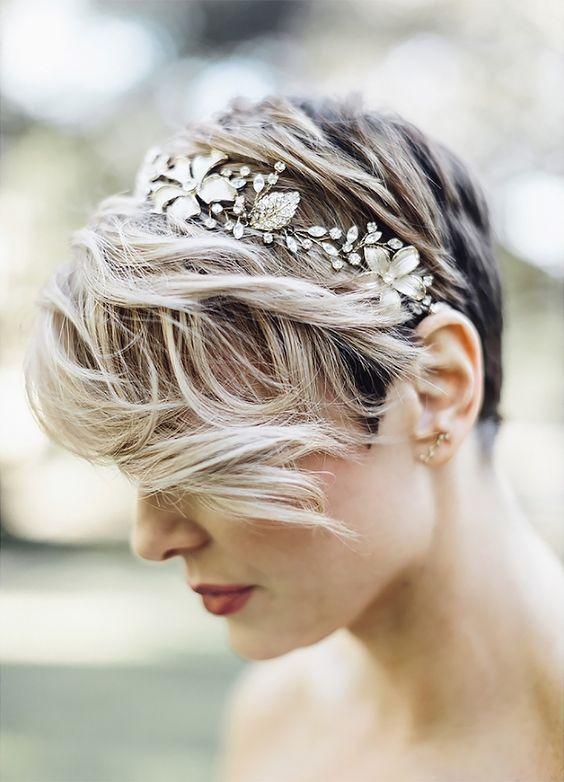 30 Mesmerizing Wedding Hairstyles for Short Hair 7