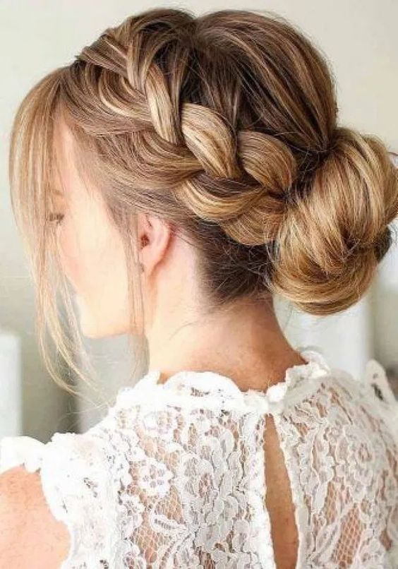 30 Mesmerizing Wedding Hairstyles for Short Hair 25