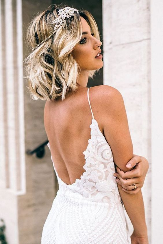 30 Mesmerizing Wedding Hairstyles for Short Hair 26