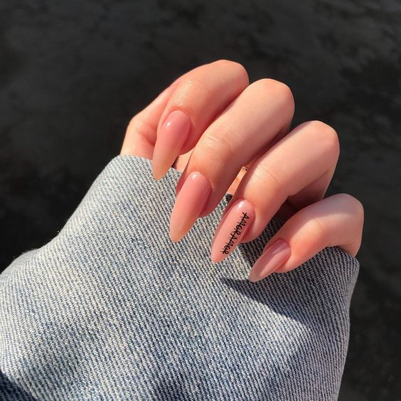 30 Gorgeous Acrylic Nail Designs that Will Step Up Your Style 6