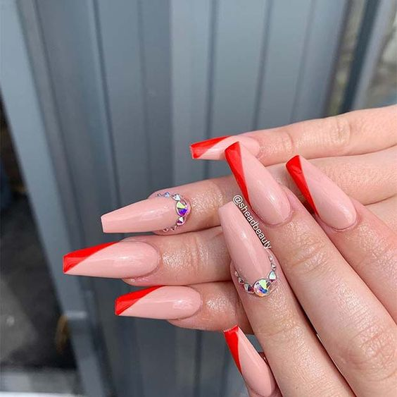 30 Gorgeous Acrylic Nail Designs that Will Step Up Your Style 24