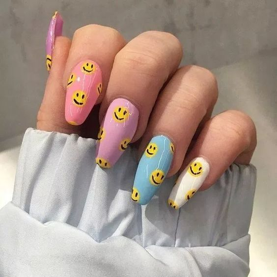30 Gorgeous Acrylic Nail Designs that Will Step Up Your Style 26