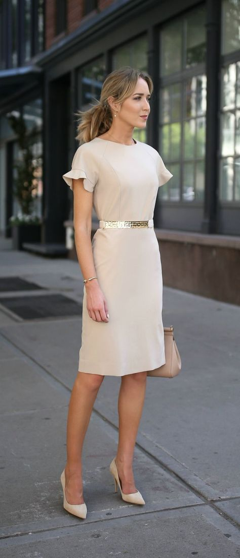 How to Look Taller with a Petite Figure 23