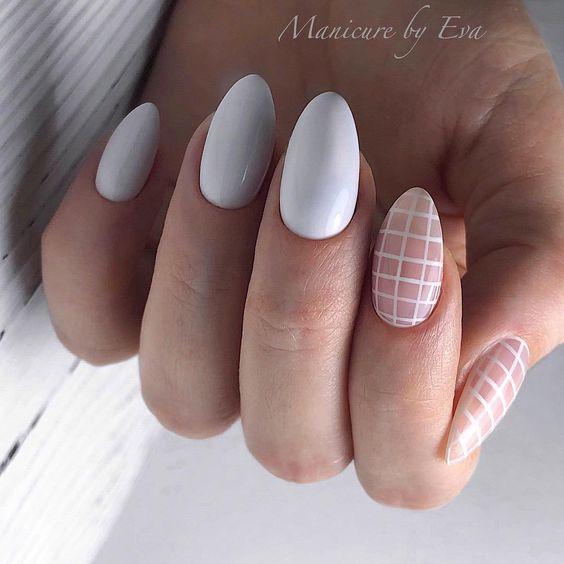 30 Stunning Almond Nail Art Ideas to Recreate 5