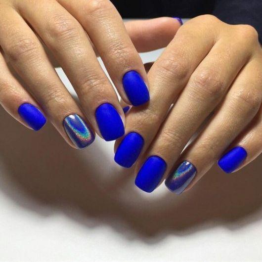 30 Glamorous Blue Nail Designs for Fashion Pros 1