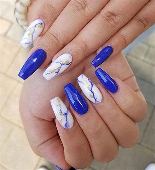 30 Glamorous Blue Nail Designs for Fashion Pros 5