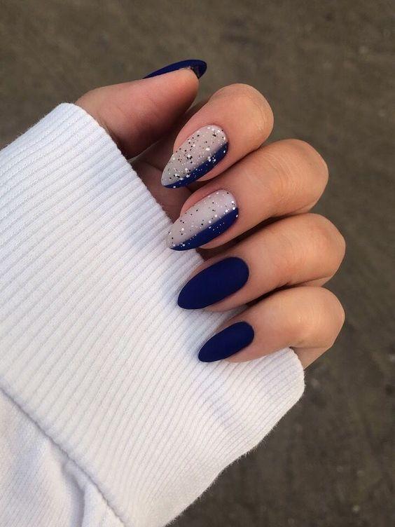 30 Glamorous Blue Nail Designs for Fashion Pros 6