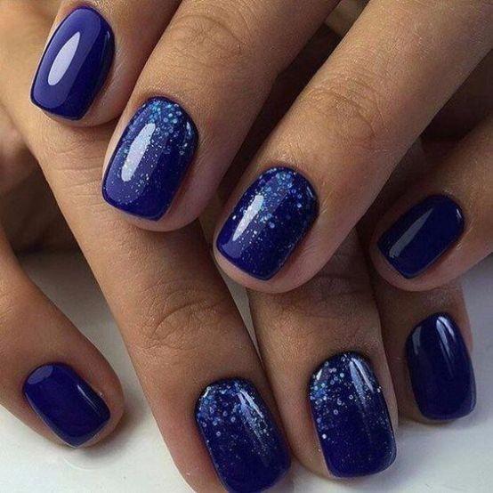 30 Glamorous Blue Nail Designs for Fashion Pros 7