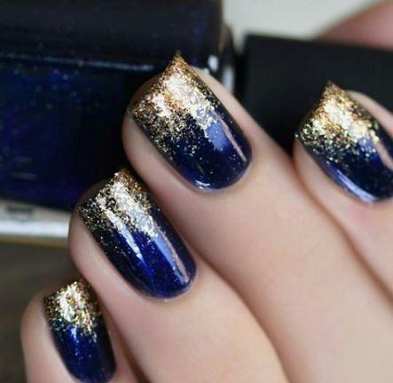 30 Glamorous Blue Nail Designs for Fashion Pros 14