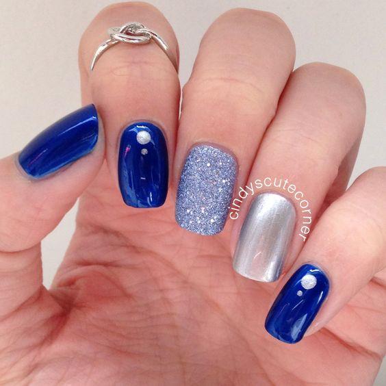 30 Glamorous Blue Nail Designs for Fashion Pros 15
