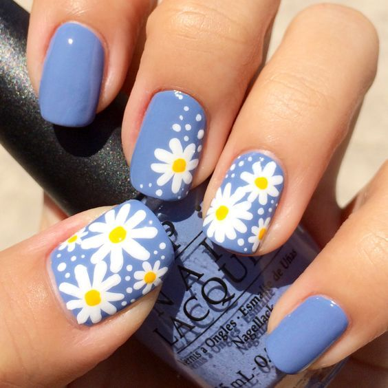 30 Glamorous Blue Nail Designs for Fashion Pros 22