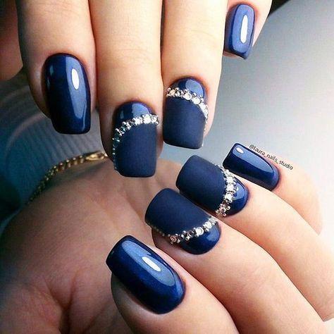 30 Glamorous Blue Nail Designs for Fashion Pros 29