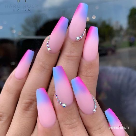 30 Eye-Catching Coffin Nail Designs to Rock this Year 14