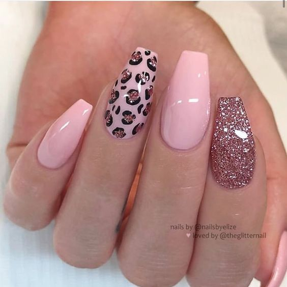 30 Eye-Catching Coffin Nail Designs to Rock this Year 19