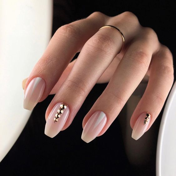 30 Eye-Catching Coffin Nail Designs to Rock this Year 20
