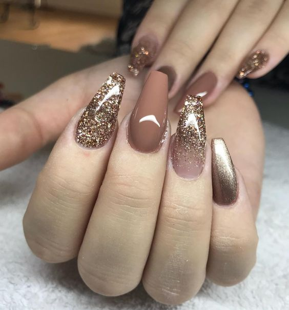 30 Eye-Catching Coffin Nail Designs to Rock this Year 23