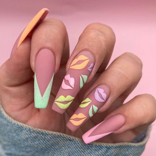 30 Eye-Catching Coffin Nail Designs to Rock this Year 26