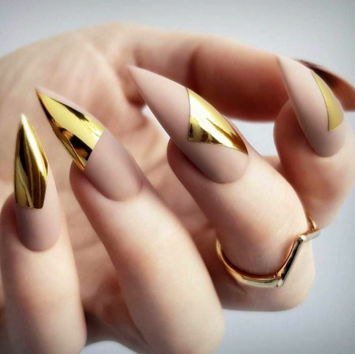 30 Unique Nude Nails to Try in 2020 5