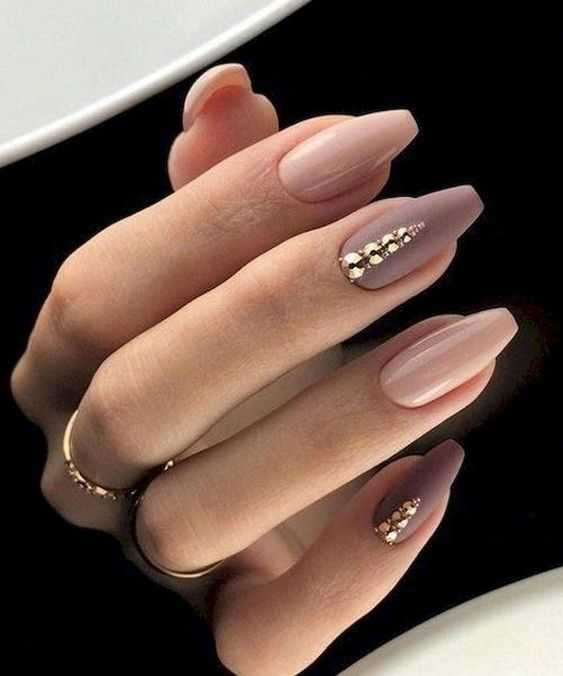 30 Unique Nude Nails to Try in 2020 24