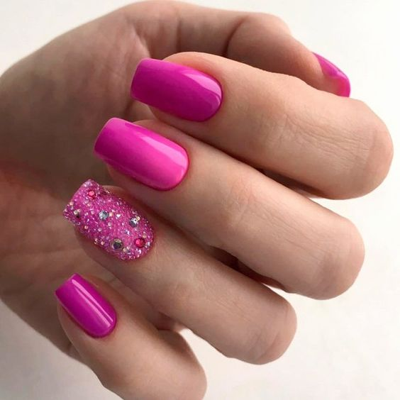 30 Cute Pink Nails to Elevate your Feminine Style 24