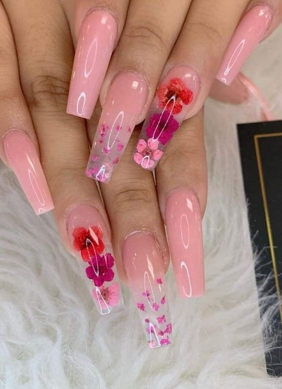 30 Cute Pink Nails to Elevate your Feminine Style 26