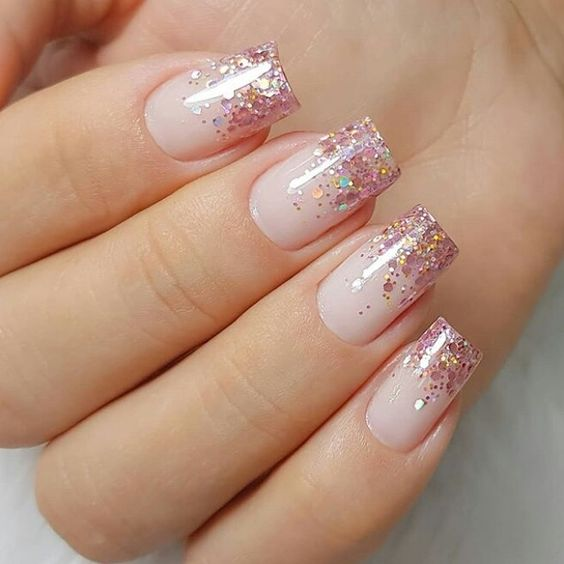 30 Stunning Prom Nails For an Unforgettable Night 2