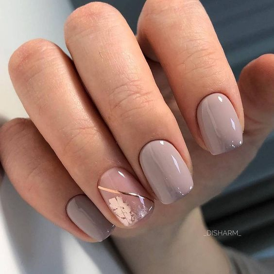 30 Stunning Prom Nails For an Unforgettable Night 8