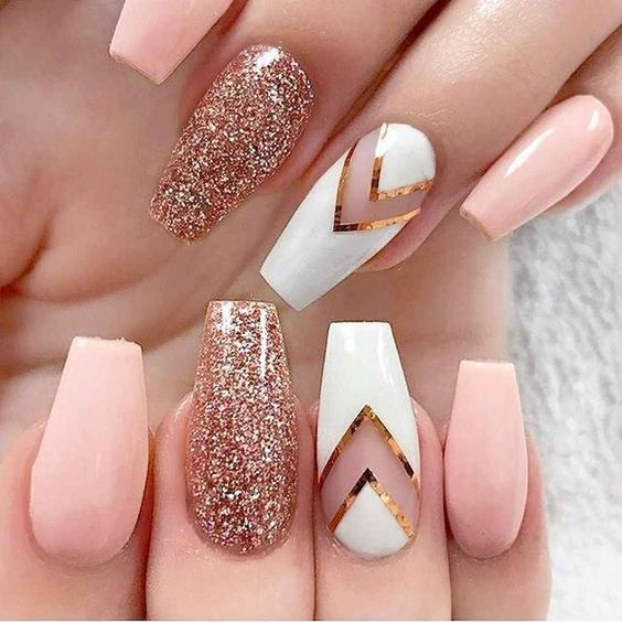 30 Stunning Prom Nails For an Unforgettable Night 14