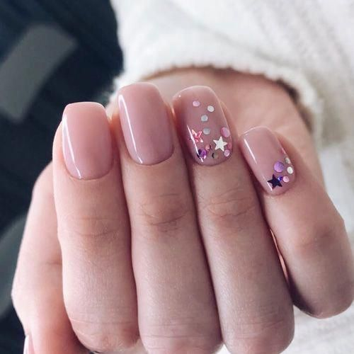 30 Stunning Prom Nails For an Unforgettable Night 26