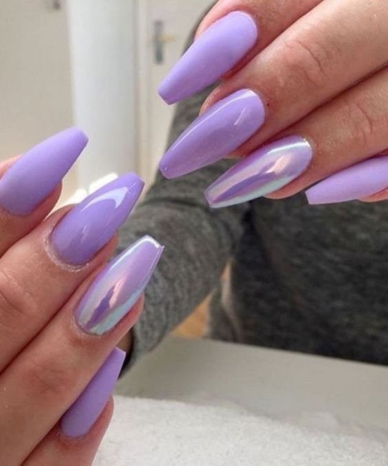 30 Elegant Purple Nails to Complement Your Outfits 20