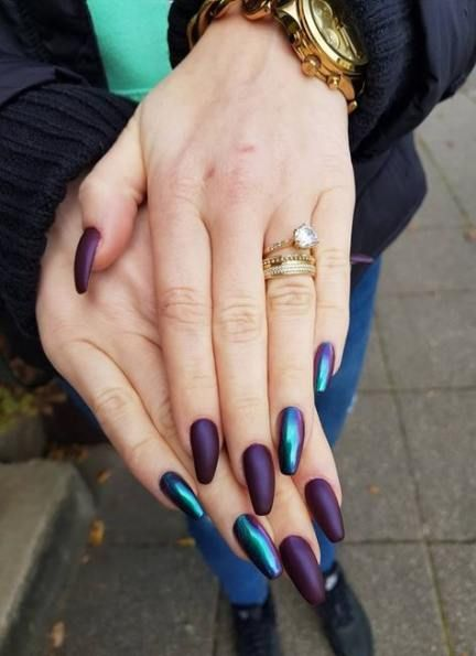 30 Elegant Purple Nails to Complement Your Outfits 23