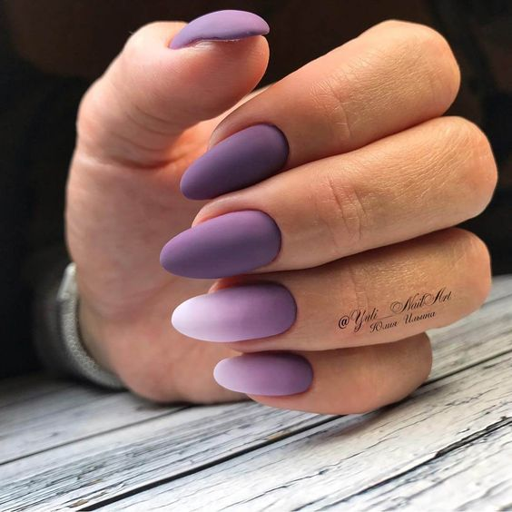 30 Elegant Purple Nails to Complement Your Outfits 25