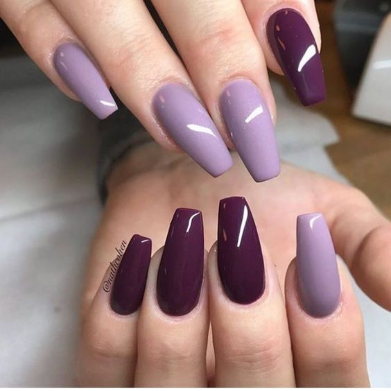 30 Elegant Purple Nails to Complement Your Outfits 26