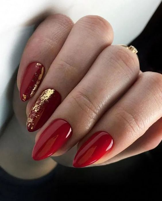 30 Cute Red Acrylic Nails to Embellish Your Hands 1