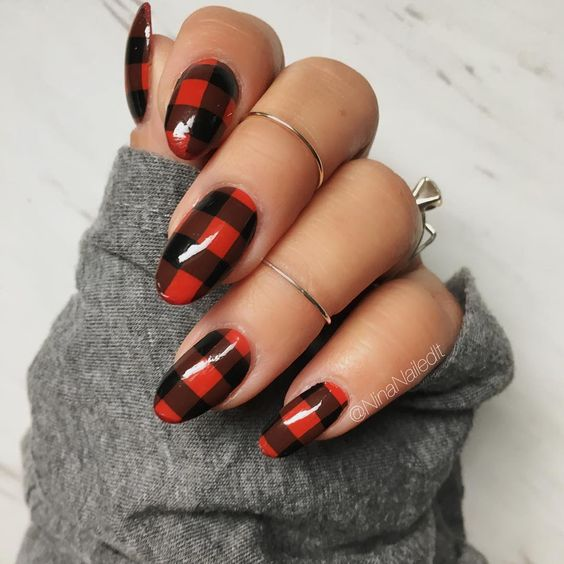 30 Cute Red Acrylic Nails to Embellish Your Hands 12