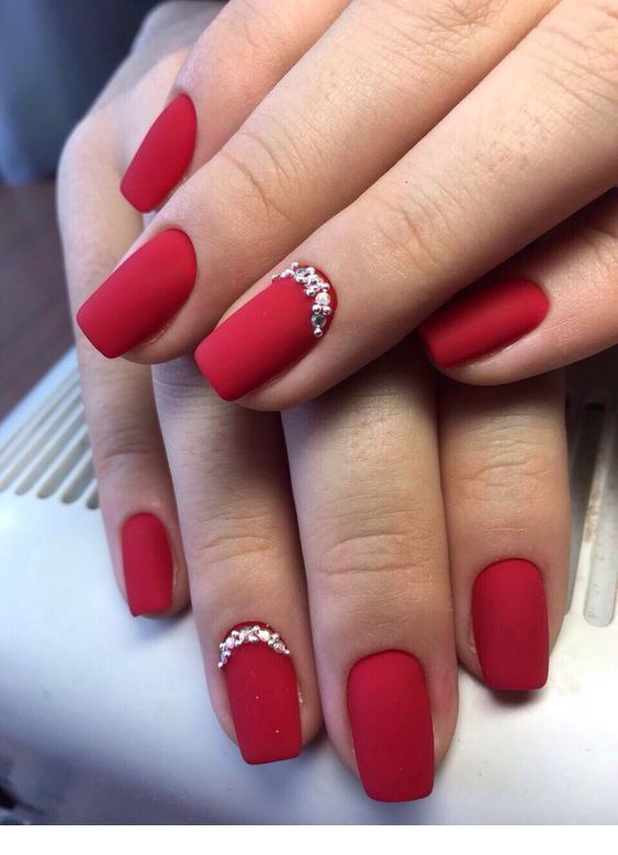 30 Cute Red Acrylic Nails to Embellish Your Hands 22