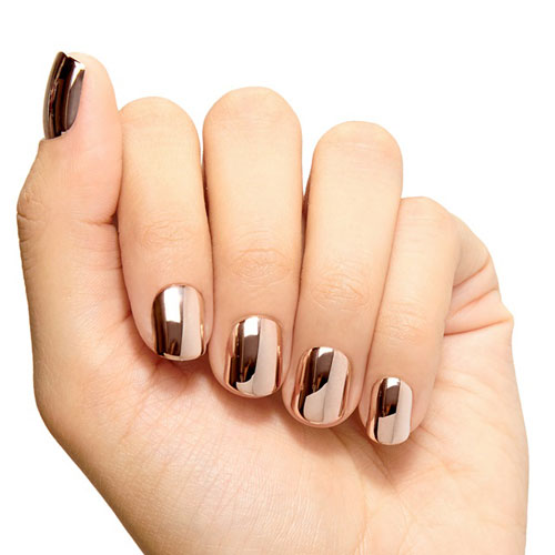 30 Effortlessly Chic Rose Gold Nails to Spruce Up Your Looks 8