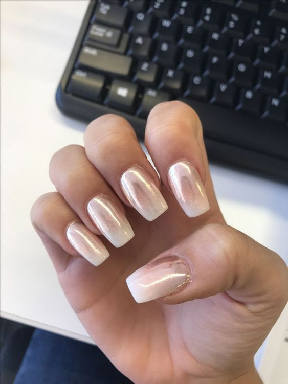 30 Effortlessly Chic Rose Gold Nails to Spruce Up Your Looks 30