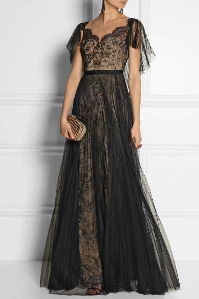 4 Best Dress Types to Wear Black to a Wedding 14