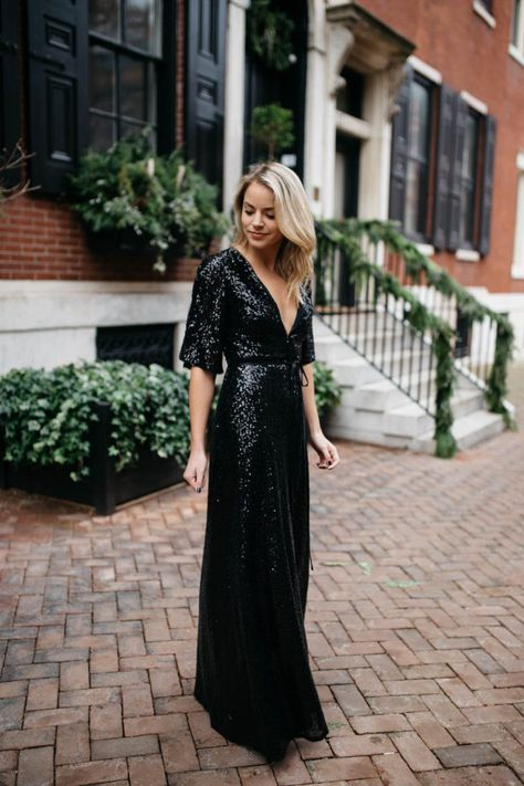 4 Best Dress Types to Wear Black to a Wedding 19