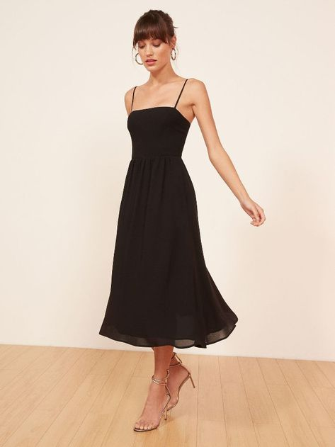4 Best Dress Types to Wear Black to a Wedding 25