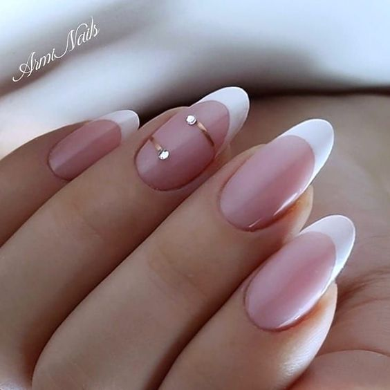 30 Modern White Tip Nails for Every Personality 7