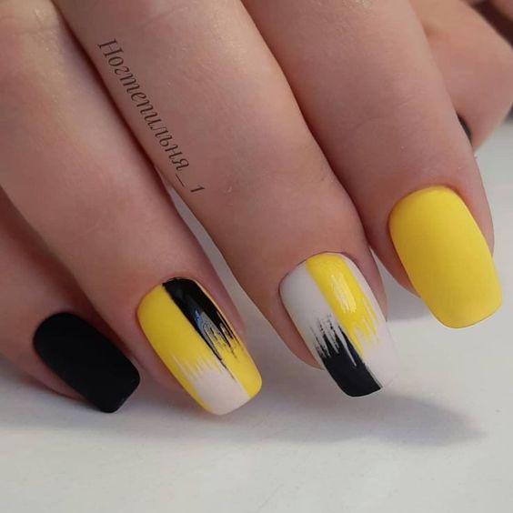 30 Amazingly Cute Yellow Acrylic Nails to Shake Things Up 1