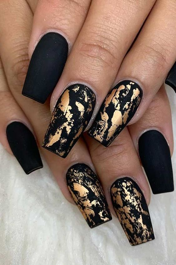 30 Stylish Black Nail Designs to Sport All-Year-Round 1