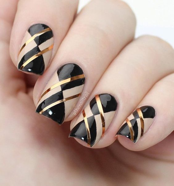 30 Stylish Black Nail Designs to Sport All-Year-Round 6