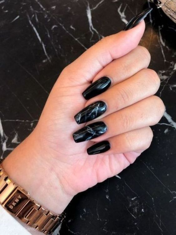 30 Stylish Black Nail Designs to Sport All-Year-Round 12