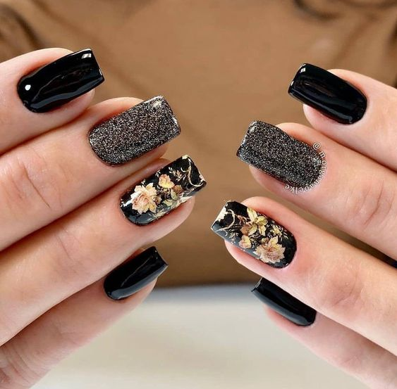 30 Stylish Black Nail Designs to Sport All-Year-Round 21