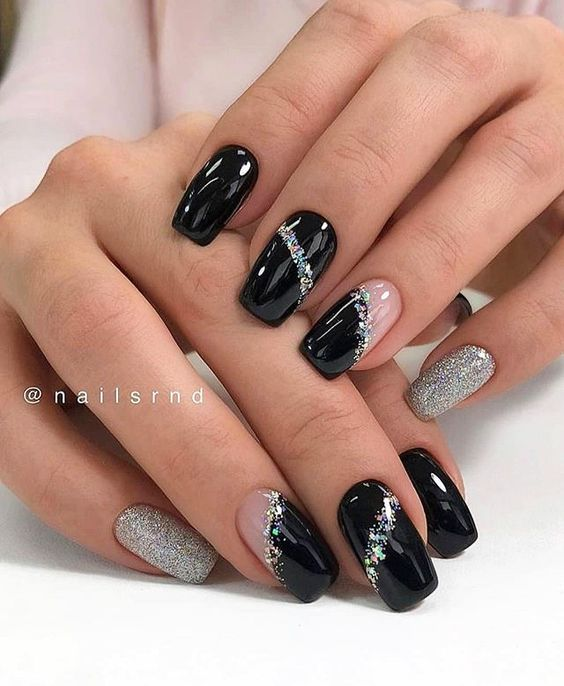 30 Stylish Black Nail Designs to Sport All-Year-Round 23