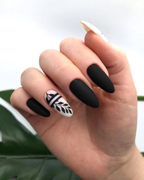 30 Stylish Black Nail Designs to Sport All-Year-Round 30